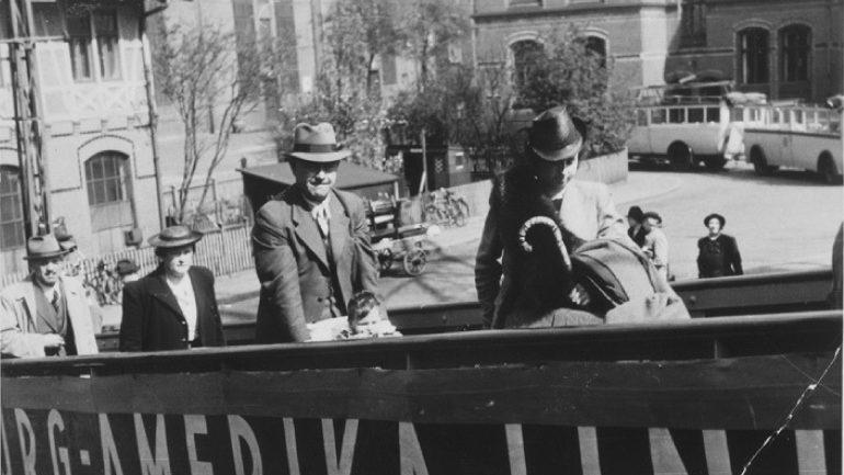 Переезд в германию для евреев снять квартиру в болгарию
